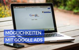 Laptop mit Google Startseite