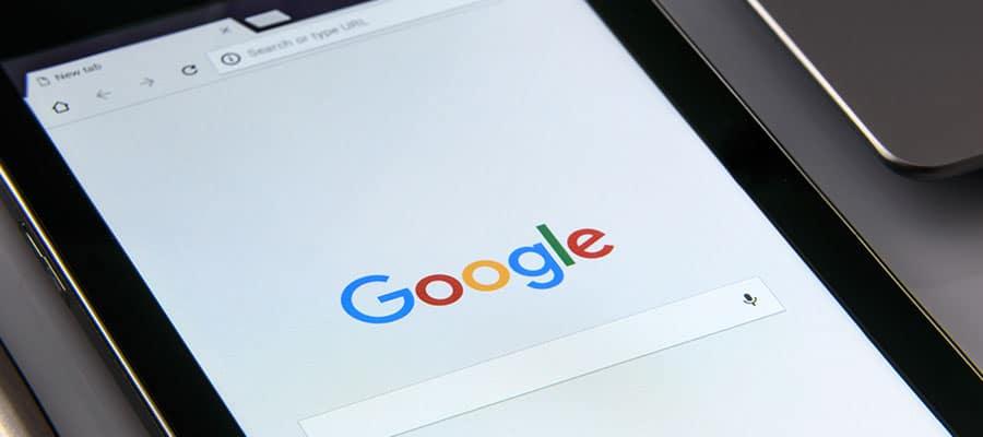Tablet mit Google Suchmaschine